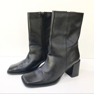 STEVE MADDEN Black Square Toe Booties-Leather-7B